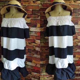 Cold shoulder korean dress size med-large