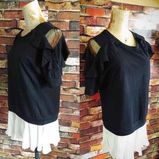 Cold shoulder korean top size med-large
