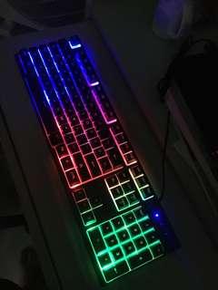 V8彩色防水發光鍵盤