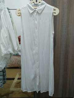 White tunic colorbox