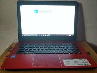 Laptop asus 95% gress jarang dipakai