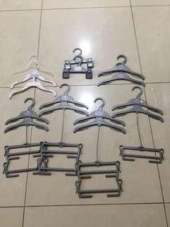 Hanger Baju baby