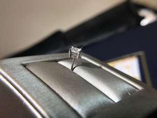 40份 YE001118 公主方型鑽石耳環 18k白金