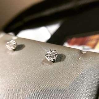 56份 F色 VS YE001119 18K白金 6圍1 耳環 好好火 天然真鑽石 拼石款 一卡大枱面 Biscuit