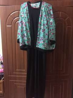 1 set dress hitam + cardigan bunga
