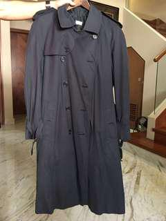 🚚 Burberry Vintage Trench Coat