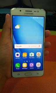 Samsung Galaxy J5 2016 with amoled burn
