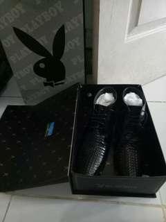 Sepatu play boy baru