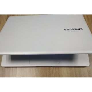 (二手)Samsung  NP910S3K 13.3″  i5 5200U | 4G | 128G SSD Ultrabook 95% NEW