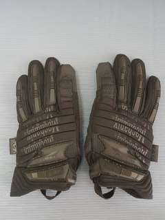 *URGENT TO SELL* Mechanix Gloves