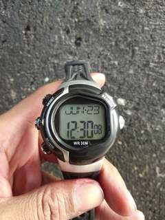 Jam tangan olahraga
