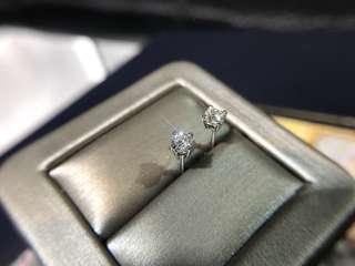 48份 YE001115 4爪耳環 每粒平均24份 18k白金