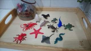 [FreeMail] Battat Terra Sea Animals 12small pcs $7