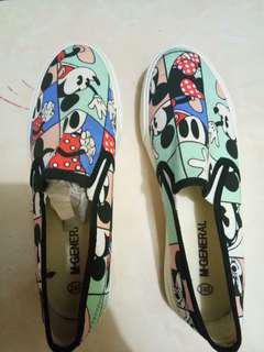 Slip on mickey mouse (sneakers)