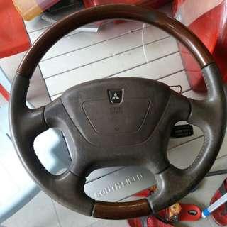 Steering Mitsubishi