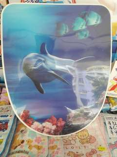 3D TOILET SEAT/立體海豚油壓(缓降)廁所板/合孔距12-18cm/闊35.5cm/..41-43cm