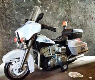 Mainan motor Police vintage