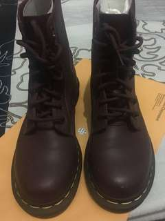 Dr. Martens Boots Pascal Cherry Red Rouge