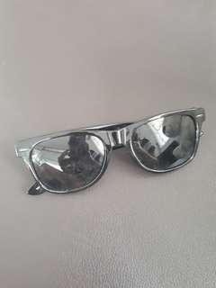Black Rayban look-alike Sunglasses