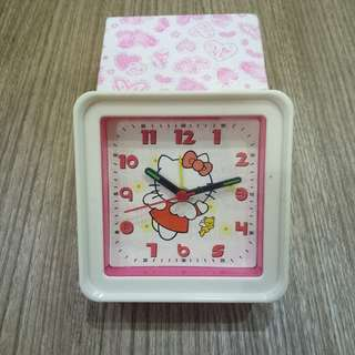 Hello Kitty Alarm Clock / Jam Beker Hello Kitty