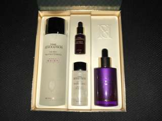 Missha 3rd Generation Time Revolution Essence and Borabit Ampoule Best Seller Gift Set