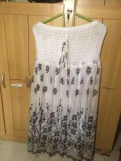 Dress Putih Hitam