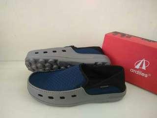 Sepatu adriles