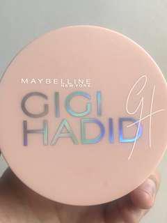 Gigi hadid cushion limited edition #maudecay