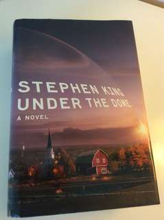 Stephen King: Under the Dome. Hardback novel