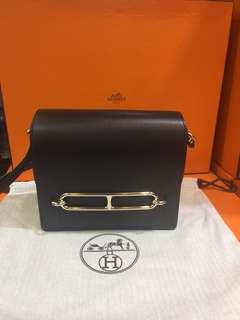 正品 全新 Hermes Roulis Mini 黑色金扣上膊斜揹袋