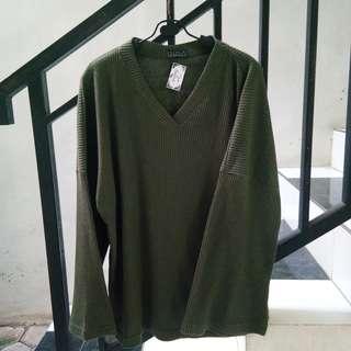 #maudecay Chadra Loose army sweater