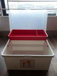 Baby box for storage and travel