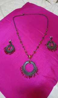 Pre-loved Necklace with dangling earrings..
