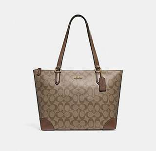 AUTHENTIC COACH ZIP TOP TOTE IN SIGNATURE
