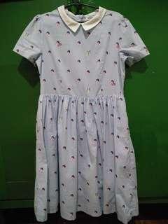 Peter pan collared dress
