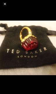 TED Baker 戎脂、 有塵袋、💋🈹😃全新、可包郵。