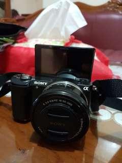 Camera mirror less sony A5000
