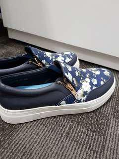 Blue floral sneakers (wore once)