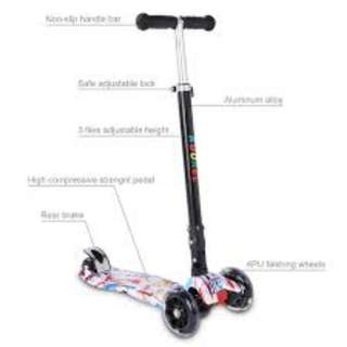 Kids Premium 3 Wheels Scooter With 3 Level of Heights Adjustable Flash Wheels and Brake Wheels at the Back