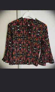 Df floral top