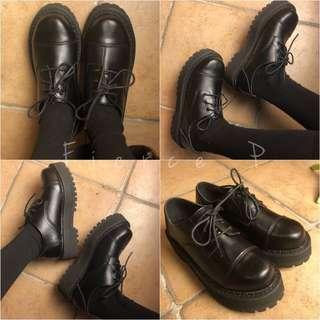🚚 高纖皮大圓頭拼接ㄇ型厚底牛津鞋