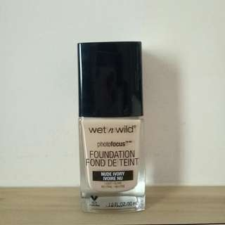 Wet n Wild Photofocus Foundation in Nude Ivory