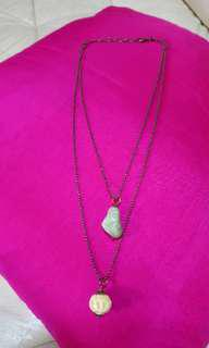 Pre-loved 2 pendants in 1 necklace.