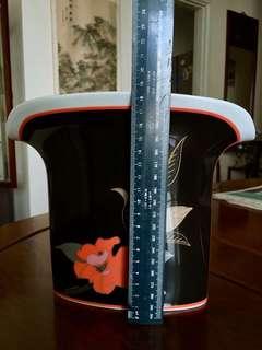 Vintage Japanese style vase