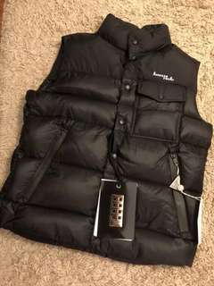 Moncler X Fragment 藤原浩閃電限定Backstage羽絨馬甲👇🏻👇🏻男款喔 $3990 保證100%Real