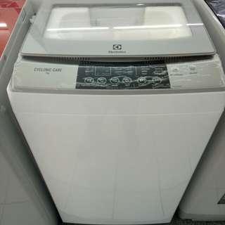 Electrolux mesin cuci top loading 1 tabung
