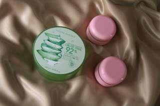 nature republic  Aloe Vera 92% Soothing Gel share in jar