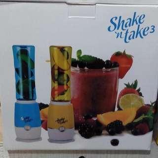Shake And Take Blender Juicer Dengan 2 Botol Cup Membuat Jus Jadi Mudah