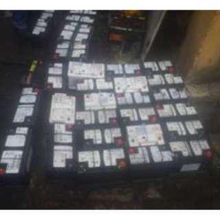 Pembeli bateri rosak