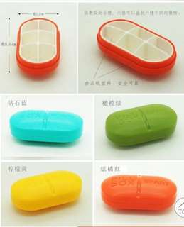 Pill container/box